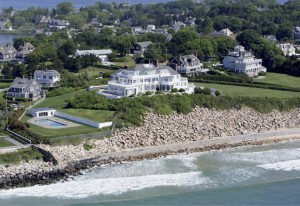In case you haven't seen it yet–here is Taylor Swift's new house