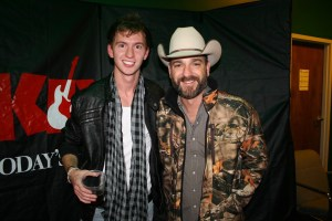 Country Artist Dakota Bradley Gets Into The Holiday Spirit With Make-A-Wish® Mid-South