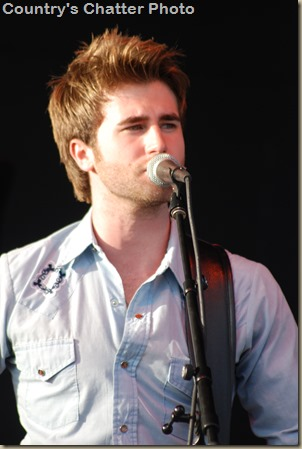 Swon Brothers and Dustin Lynch 096