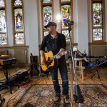 Kristian Bush reunites with longtime producer Byron Gallimore