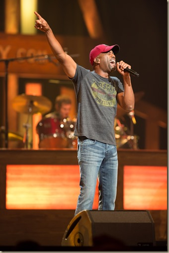 Darius_Rucker_Tour 2013_by_Chris_Hollo_0715_10-2-12 (1)