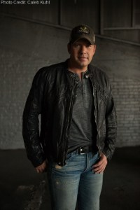 Rodney Adkins to host fourth annual Music City Gives Back concert on June 3, 2014