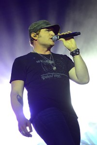 Jerrod Niemann to launch headlining fall tour on October 14