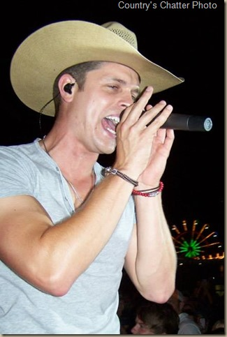 Dustin Lynch 644