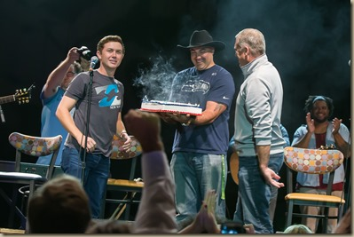 Scotty McCreery at the 12 Man Jam (Photo by David Conger)