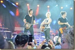 Band Perry 18