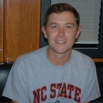 Scotty McCreery spends a little time with Country's Chatter