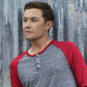 Scotty McCreery loses bet on New England Paatriots–Takes a dip in Atlantic Ocean