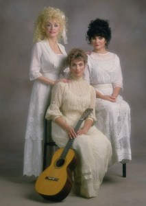 Trio (Dolly Parton, Linda Ronstadt, Emmylou Harris) debut lyric video for alternate version of Wildflowers