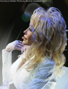 "Dolly Parton To Receive Willie Nelson Lifetime Achievement Award During ""The 50th Annual CMA Awards"" Airing Live On The ABC Television Network Nov. 2"