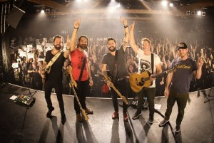 """Old Dominion Notches 2nd No. 1, """"Song From Another Time"""""""
