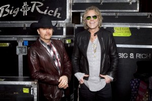 """Big & Rich To Open Westwood One's Super Bowl LI Game Day Coverage with Customized Version of Their Song, """"Party Like Cowboyz"""""""