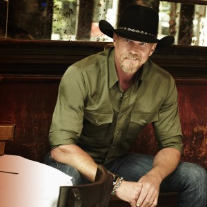 "Trace Adkins reveals ""Something's Going On"" new album March 31 and 2017 tour tickets on sale Jan. 27"