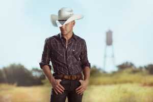 Platinum-Selling Entertainer Justin Moore Fires Up NASCAR Nation With Spectacular Monster Energy NASCAR All-Star Race Concert