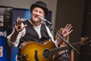 """Collin Raye's """"Silver Anniversary Special"""" To Air On SiriusXM Prime Country This Weekend"""
