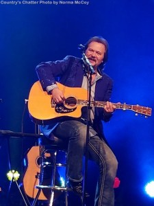 Grand Ole Opry Recognizes Travis Tritt on 25th Anniversary of Becoming Opry Member