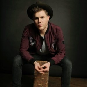 """Trent Harmon jumps into Top 20 with """"There's A Girl"""""""