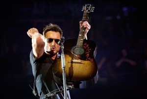 """Eric Church's Record-Setting """"Holdin' My Own Tour"""" Closes + New Show Info"""