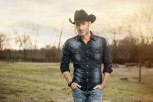"Craig Campbell contributes powerful rendition of ""American Anthem"" to the 41st Annual Macy's 4th of July fireworks score"