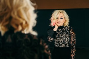 """RaeLynn calling on country radio June 26 to spin new single, """"Lonely Call"""""""
