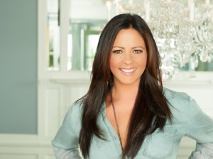 """Sara Evans reveals song stack for new album, """"Words,"""" due July 21"""
