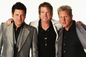 Wedding crashers, Rascal Flatts, show up to sing first-dance song to happy couple