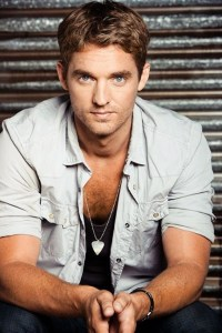 """Brett Young sings """"Hallelujah""""–get ready for amazing"""