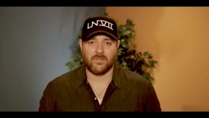 Country star Chris Young starts GoFundMe to support victims of Hurricane Harvey