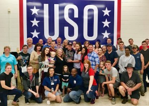 Jerrod Niemann hosts Celebrity Family Feud viewing party with USO Fort Campbell soldiers and families (Aug. 27)