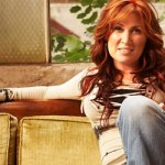 Jo Dee Messina announces cancer diagnosis on her website