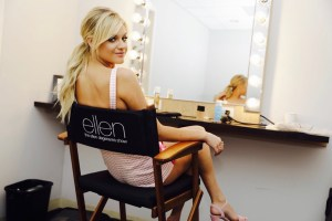 "In Case You Missed It:  Kelsea Ballerini Makes Ellen Debut""Unapologetically"" in love"