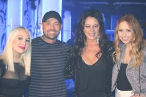 Tune In Alert:  Catch Sara Evans, RaeLynn and Kalie Shorr on CMT's Hot 20 Countdown