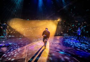 """Chris Young resumes """"Losing Sleep 2018 World Tour"""" extending to 20 consecutive sold-out Arena and Amphitheater Shows"""