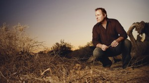 """Collin Raye — 25 Years, 25 Hits"" Available Today"