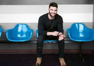 Dylan Scott takes over Go Country 105 this July