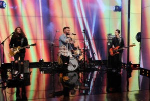 """ICYMI:  Dylan Scott gets Live with Kelly and Ryan """"Hooked"""""""