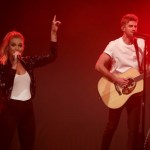 """ICYMI:  Kelsea Ballerini and The Chainsmokers score on Monday Night Football with """"This Feeling"""""""