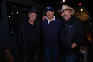 "Bellamy Brothers guest on ""Honky Tonkin' With Tracy Lawrence"" this weekend"
