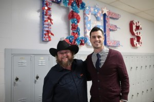 "Colt Ford's ""How You Lose A Woman"" video premieres on CMT Music, CMT.com; ""Time Flies"" Spring tour announced"