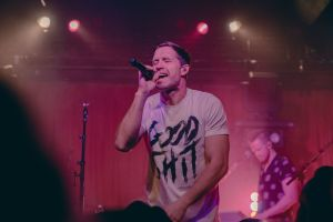 Rising country music star, Walker Hayes, Sells out two shows at Nashville's Mercy Lounge
