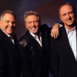 "Larry Gatlin returns to host ""Opry Country Classics"" at Historic Ryman Auditorium"