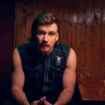 "Morgan Wallen takes ""Chasin' You"" to the top"