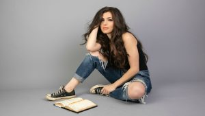 """New single from Jessica Lynn, """"It's Now or Never"""""""