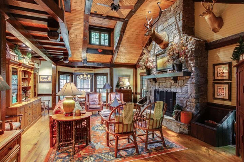 Miranda Lambert's Tennessee Farm - Cozy Living Room Space