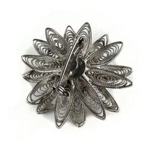 Victorian Scottish Flower Brooch