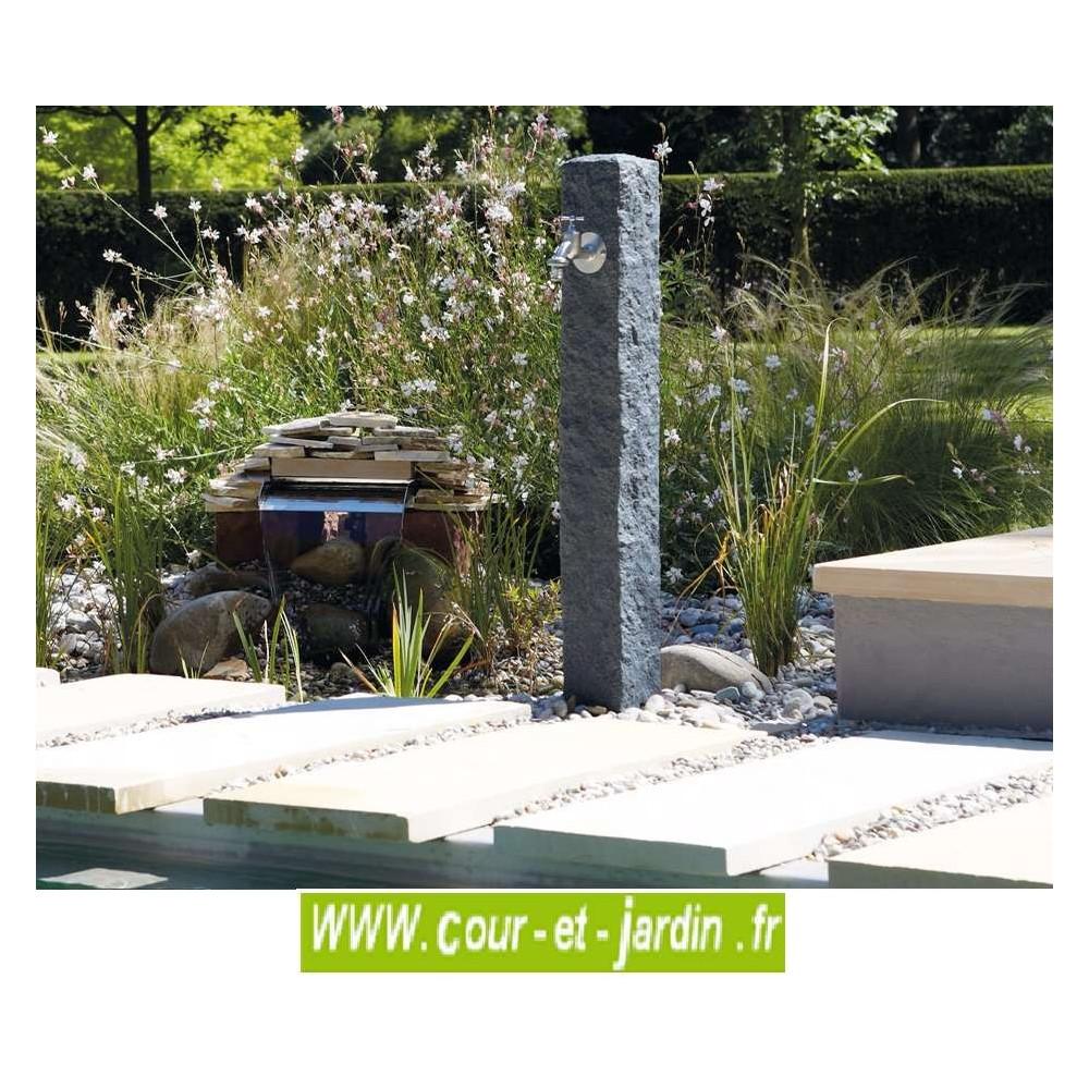 fontaine de terrasse granit