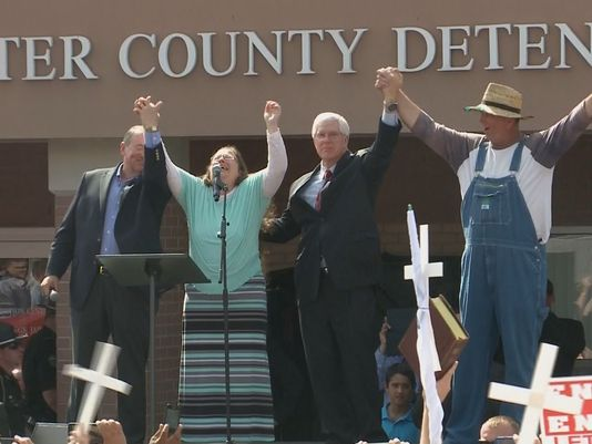 Left to Right: Mike Huckabee, Kim Davis, Mathew D. Staver, Joe Davis