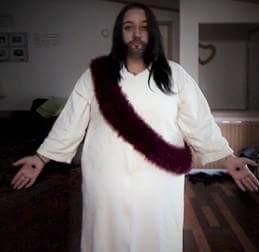 Sasha Paige dressed up like Jesus   Student Dresses up like Jesus   Photo credit Sasha Paige