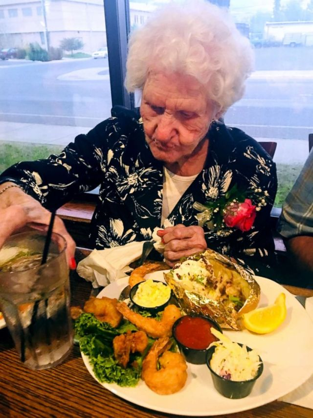 Montana Restaurant Offers a Discount Based On Your Page, A 109-Year Old Woman Got Paid to Eat There!Montana Club in Missoula, Montana offers an awesome birthday discount the older you are and in some cases it may just pay you too. Helen Self got a free meal and money back too!
