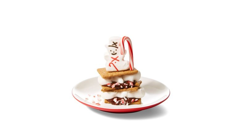 PEEPS Snowy S'mores - Check out this wintery take on the classic s'more by combining snow, snowmen and the s'mores.